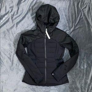 NWOT Size 8 Lululemon Down for it All Jacket Black